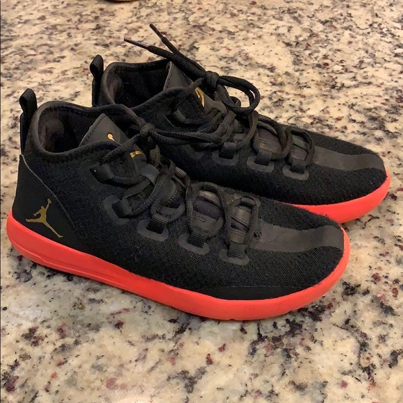 Black Nike Jordans With Red Soles Size